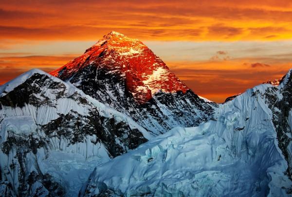 Fototapete Nr. 3539 - Golden Mt. Everest