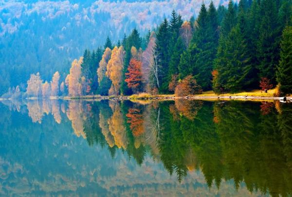 Fototapete Nr. 3544 - Bergsee im Herbst