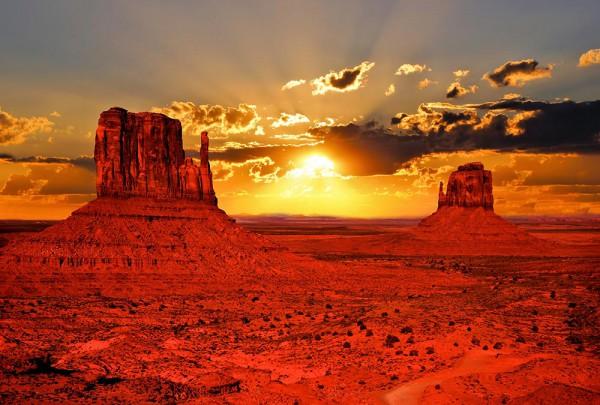 Fototapete Nr. 3036 - Monument Valley Sunrise