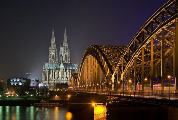 Fototapete Nr. 4493 - Köln bei Nacht