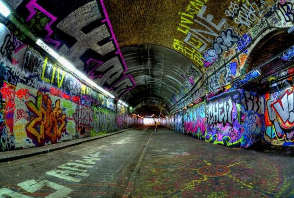 Fototapete Nr. 3487 - Graffiti Tunnel